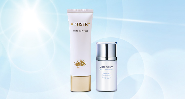 Stylised image of ARTISTRY Phyto UV Protect and ARTISTRY IDEAL RADIANCE UV Protect in the sun 1